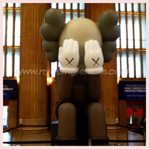 Kaws Companion Passing Through #Kaws