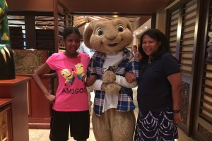 Universal Orlando Theme Park Character Meet and Greets  at Loews Royal Pacific Resort #RoyalPacific @Loews_Hotels @UniversalORL