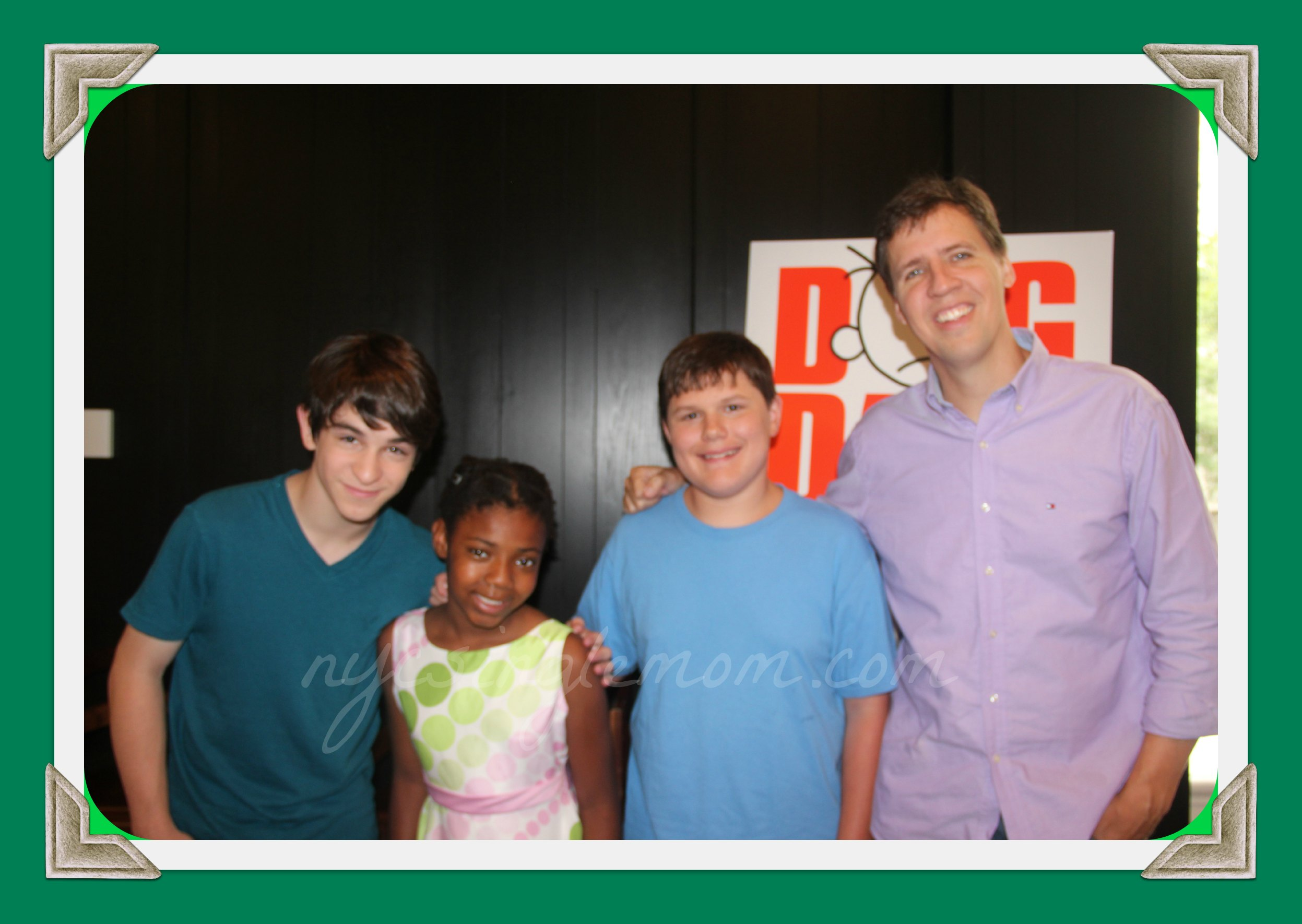Interview with the diary of a wimpy kid dog day stars zachary interview with the diary of a wimpy kid dog day stars zachary gordon robert capron jeff kinney solutioingenieria Images