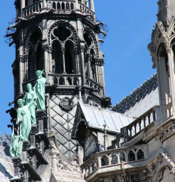 notre dame de paris church