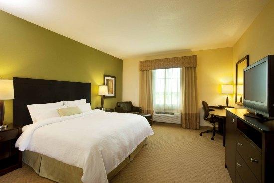 Holiday Hosting Tips from Hampton Inn  #HamptonHoliday @Hampton