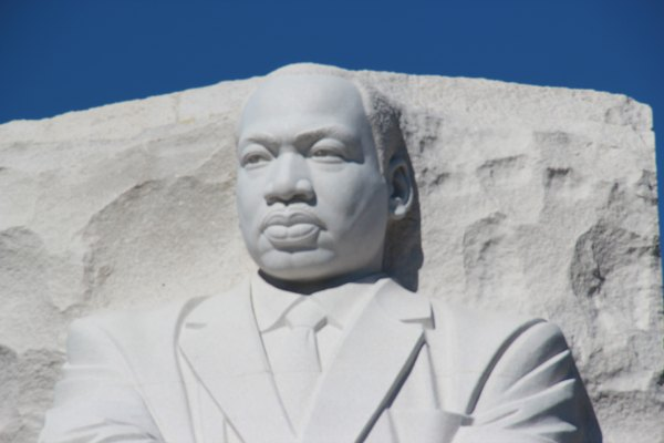 Martin Luther King, Jr Washington Memorial @washingtondc #TravelThursday