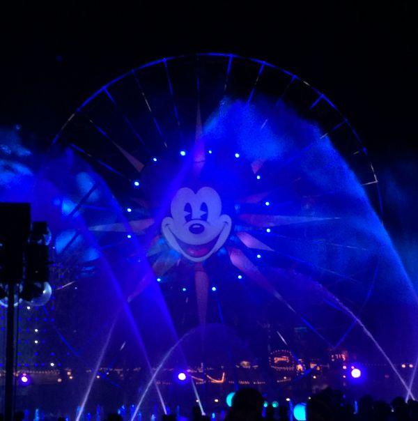 Delight in 3 New Shows Celebrating Disneyland's Diamond Celebration #Disneyland60 #D23Expo