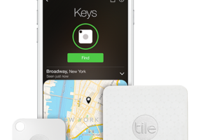 Tile Tracking Device is The Perfect Gift To Help Track Your Phone, Keys and More @TheTileApp